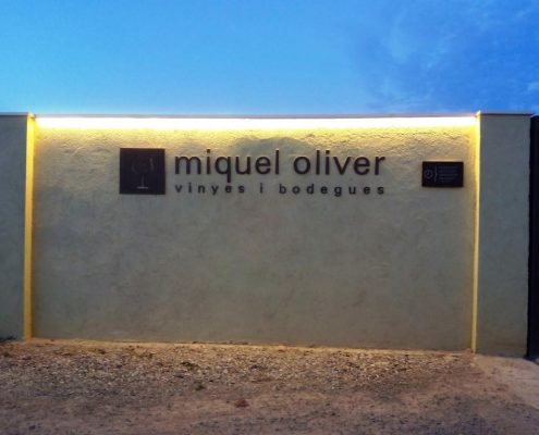 bodegas-miquel-oliver-petra-vino-1